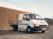 Kenhire 1989 - Hire Truck - Ford Transit Crewcab Dropside